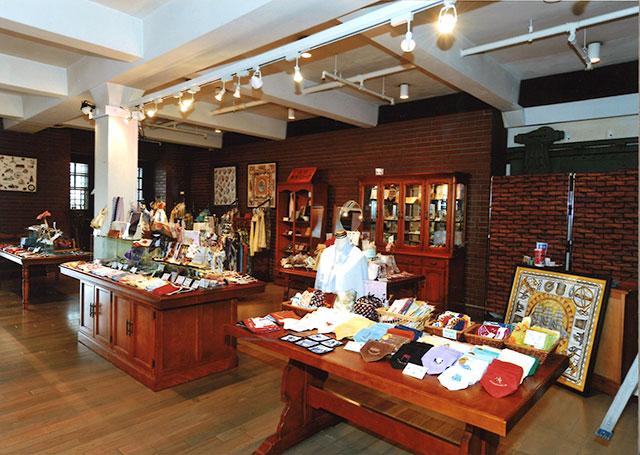 赤レンガ倉庫店
